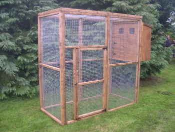 Buttercup Standard Outdoor Bird Aviary or Pet Cage 6' x 3' x 6' with nestbox