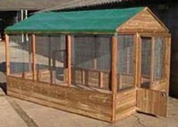 """Covered Walk in Pet Run 9' x 6' x 6'6"""" for animals, birds or poultry"""